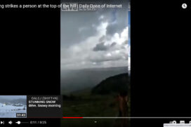Piorun uderza w farmera na wzgórzu. Wideo !!