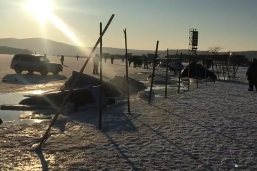Wędkowanie podlodowe po Rosyjsku. Chłopaki się zdziwili.