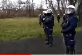 Strzelajcie tylko po nogach !! Rozkazy z megafonu przeciwko protestującym !! Wideo 29 marzec 2021